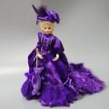 кукла керамическая Victorian Дама в фиолетовом